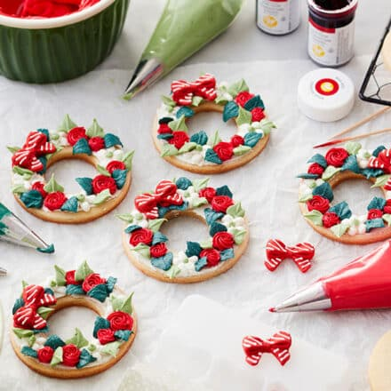 Decorated Wreath Christmas Cookies